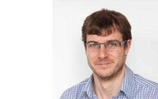 Chimie de surface et matériaux plasmoniques :  vers la détection de composés thérapeutiques directement dans les biofluids – Jean-François Masson