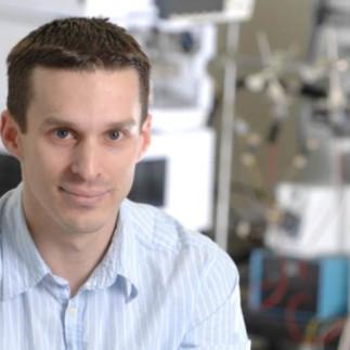Conférence de chimie avec le Professeur Alan Doucette