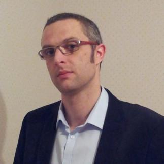 Conférence de chimie avec le Professeur Thomas Poisson de l'INSA de Rouen