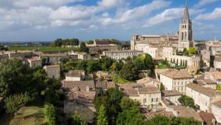 Saint-Émilion, de la grotte d'un ermite aux crus les plus convoités, l'histoire d'un vin unique au monde - ANNULÉ