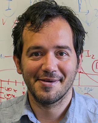 Conférence de chimie avec le Professeur Alejandro A Franco  d'Amiens France