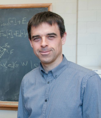 Zero-point phonon renormalization of the band gap of materials